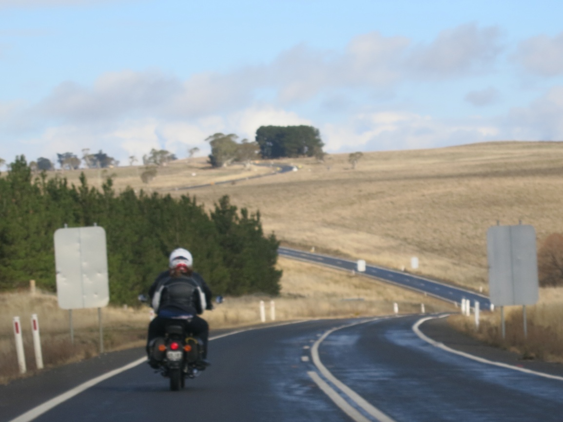 N:\My Data\Clubs\RECOAINC\Trip Reports\2018 06 08 Winter Rally Tathra\Photos\IMG_2967 craig jenny nice scenery.jpg