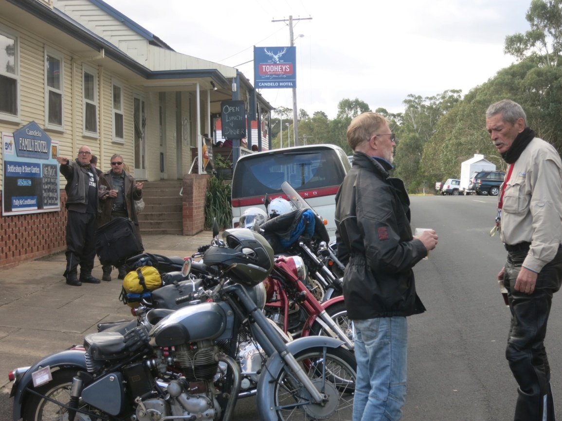 N:\My Data\Clubs\RECOAINC\Trip Reports\2018 06 08 Winter Rally Tathra\Photos\IMG_3017 MAL PUB CANDELO.jpg